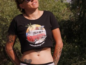 "Дамска тениска ""Hippie Bus"" – 100% памук, черна"